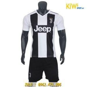 Áo bóng đá CLB Juventus 2018 - 2019 sọc đen trắng thi đấu sân nhà
