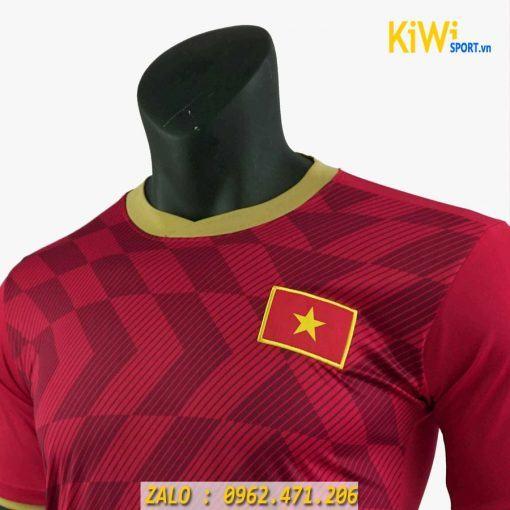 Áo đá banh tuyển Việt Nam mùa 2019 màu đỏ siêu đẹp